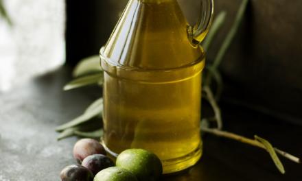 Řepkový olej pro studenou i teplou kuchyni