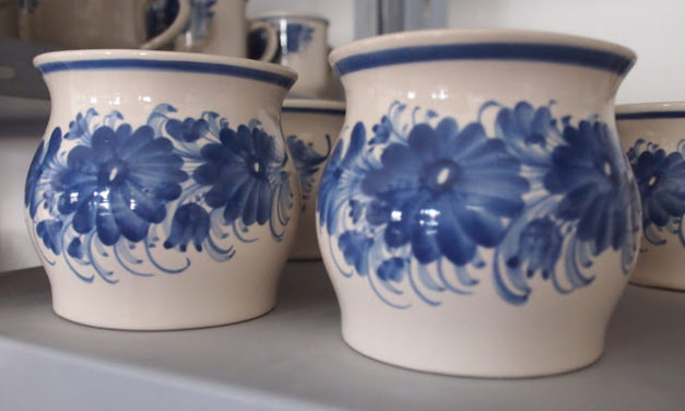 Hrdějovická keramika
