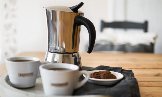 Italské espresso s moka konvičkou MONTE CARLO